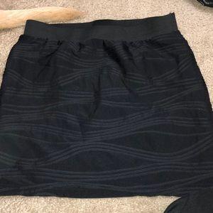 Mini tight black skirt